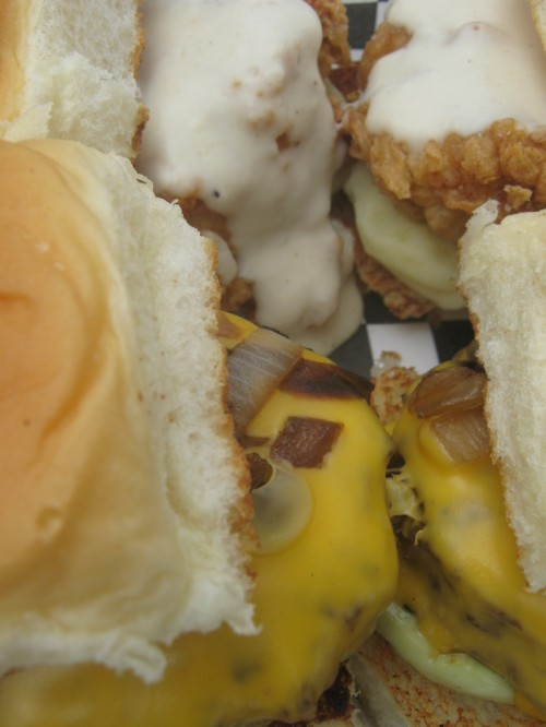 Fried chicken/Cheeseburger sliders
